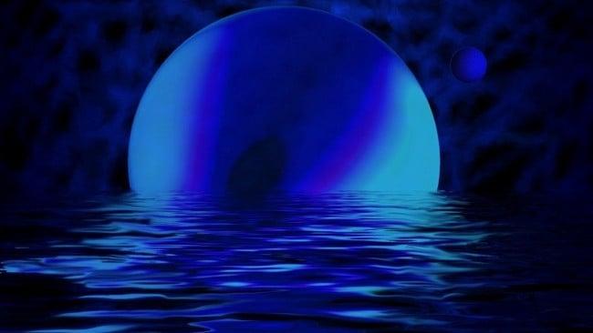 Темно-синяя жидкость