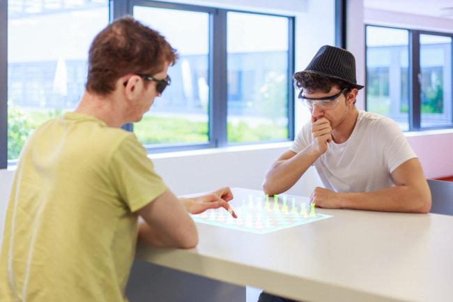 Thermal Touch технология взаимодействия с виртуальной реальностью