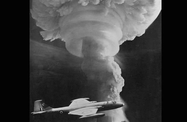 10 безответственных поступков, связанных с ядерным оружием