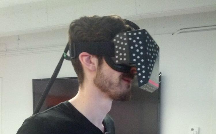 Valve продемонстрировала свою гарнитуру виртуальной реальности