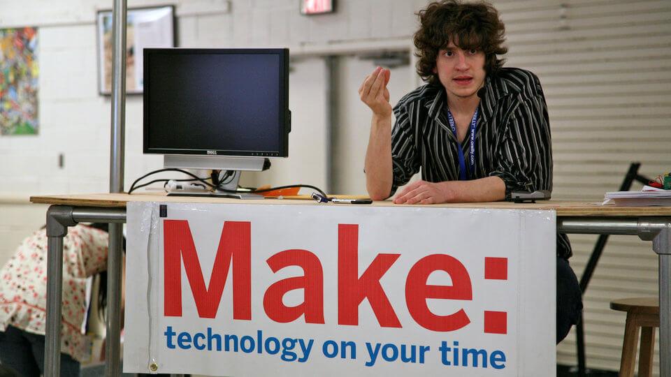 Знаменитый хакер Джордж Хоц теперь работает в Google