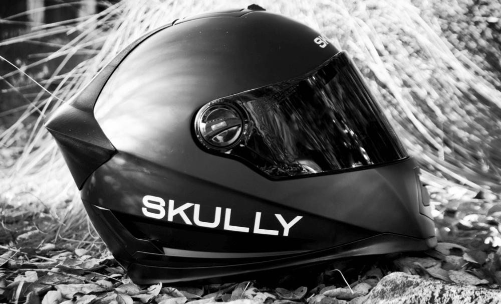 Skully AR-1 – первый в мире умный мотоциклетный шлем
