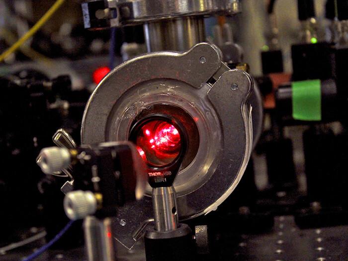 Один из лазеров, использованных в эксперименте