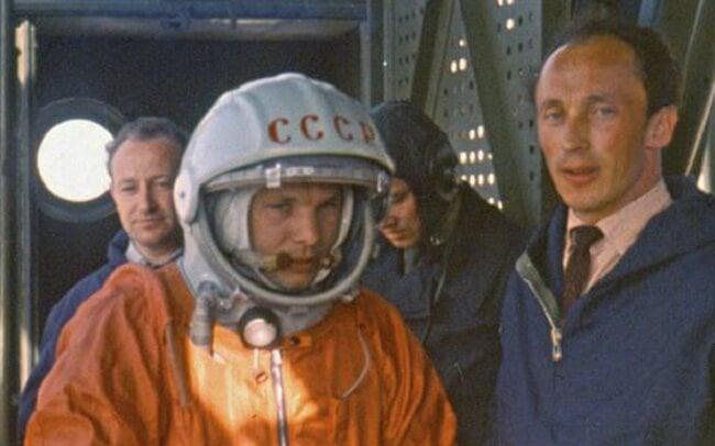 Юрий Гагарин и Олег Ивановский
