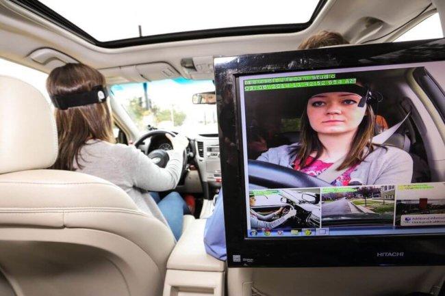 Исследование: Siri на колесах опасна для здоровья