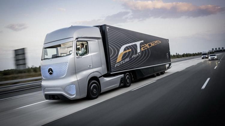 Самоуправляемый грузовик от Mercedes