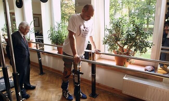 Пересадка клеток вернула парализованному пациенту возможность ходить