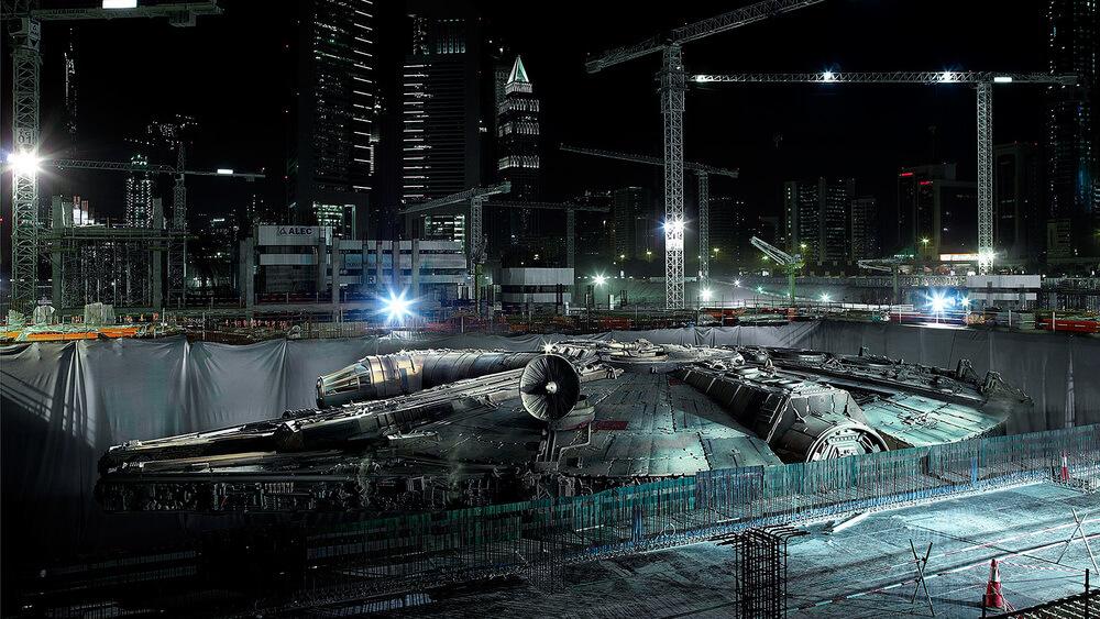 Millenium Falcon на строительной площадке