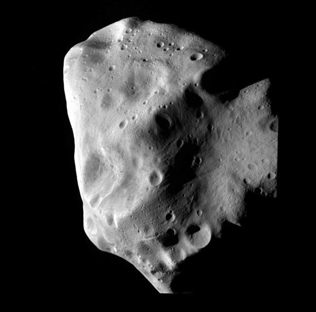Комета Лютеция