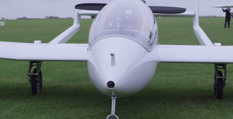 Первый гибридный самолет
