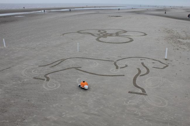 Beachbot за работой
