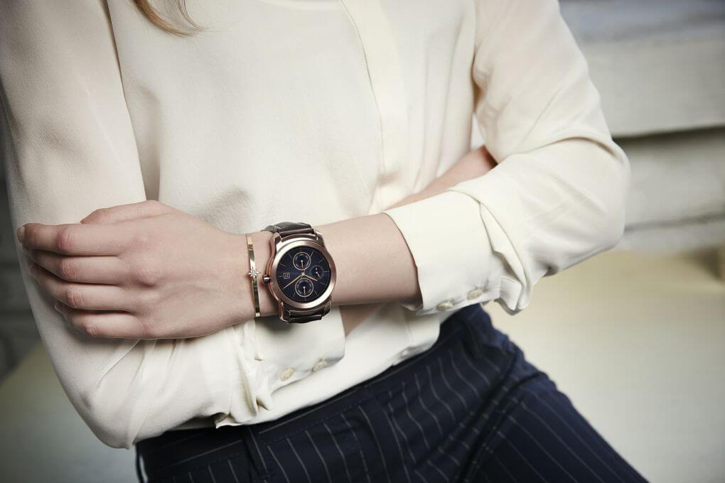 Компания LG представила новые умные часы в цельнометаллическом корпусе