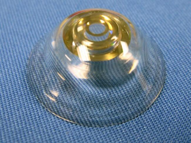 Создан прототип контактных линз, которые наделяют человека ...