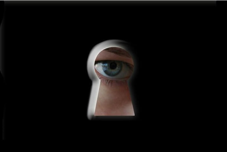 spy main