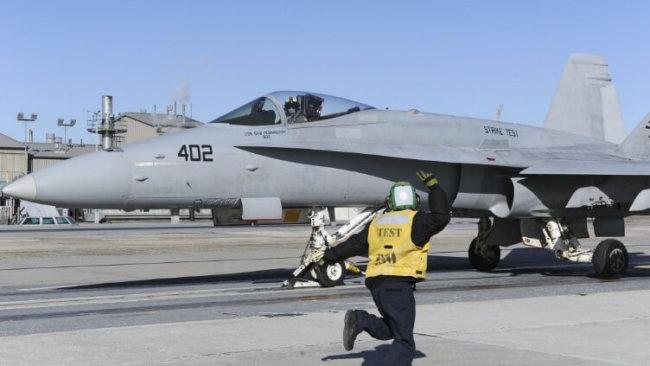 военные испытывают электромагнитную катапульту запуска истребителей кораблей