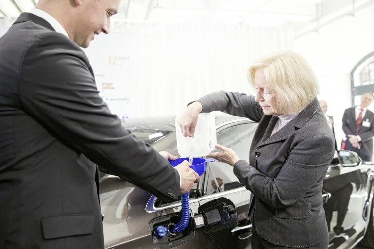 Компания Audi разработала дизельное топливо из воды и воздуха