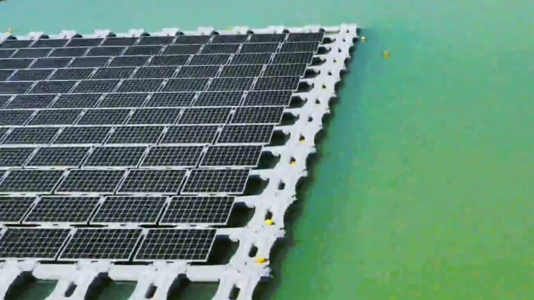 floating-solar-power-plant-2