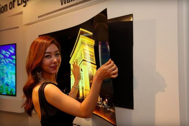 LG показала уникальный настенный 55-дюймовый OLED-дисплей