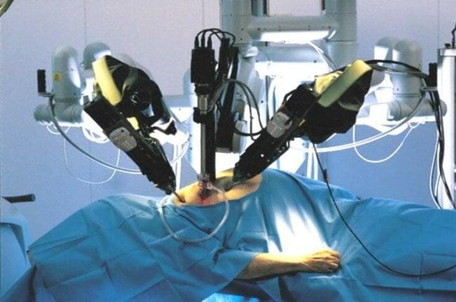 Роботы-хирурги подвержены киберугрозам