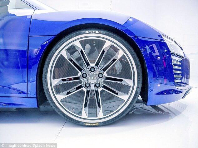 Audi R8 e-tron wheel