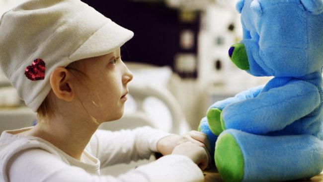 Говорящий робот-медвежонок будет помогать госпитализированным детям