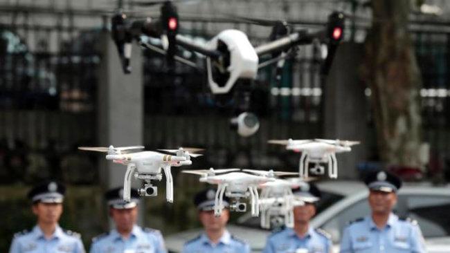 В Китае создан первый отряд полицейских дронов