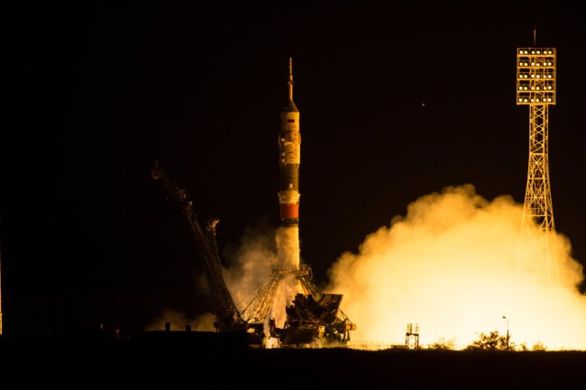 Expedition 44 Launch
