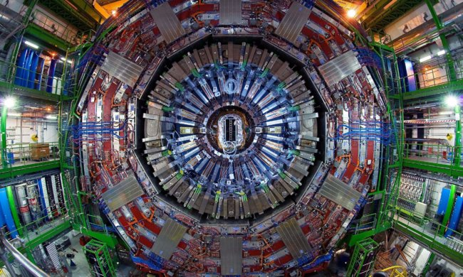Большой адронный коллайдер нанес еще один удар теории суперсимметрии
