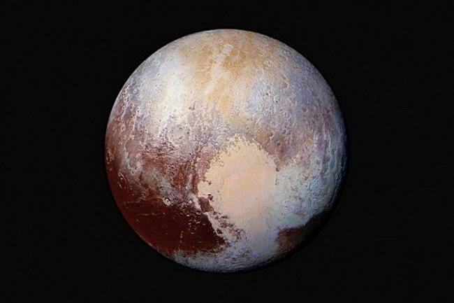 Астрономы: Под поверхностью Плутона может скрываться океан
