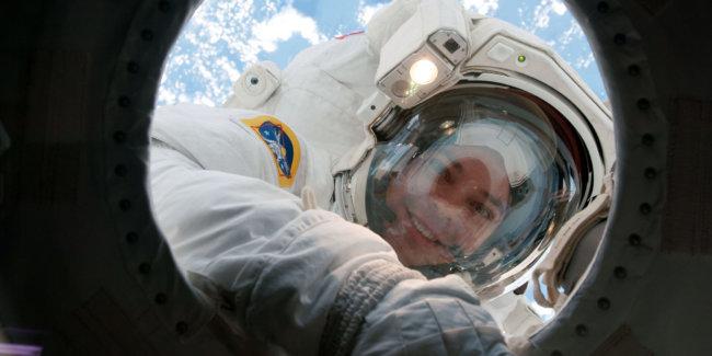 Космос негативно сказывается на коже астронавтов