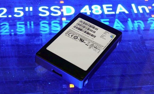 Компания Samsung выпустила SSD-накопитель ёмкостью 16 терабайт