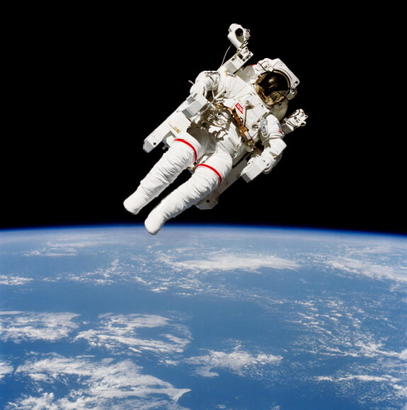 mccandless-spacewalk-mmu-1984