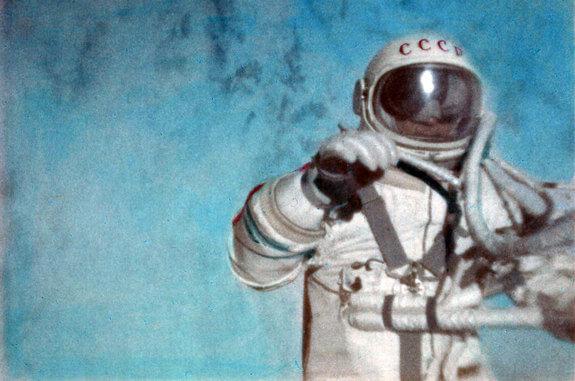 spacewalk-50th-alexei-leonov