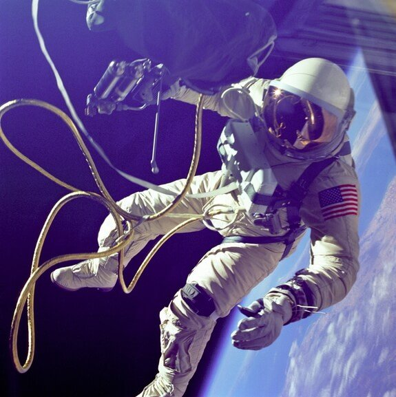 white-first-us-spacewalk