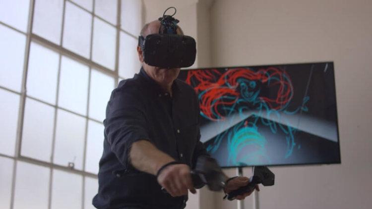 Аниматор студии Disney рисует внутри виртуальной реальности