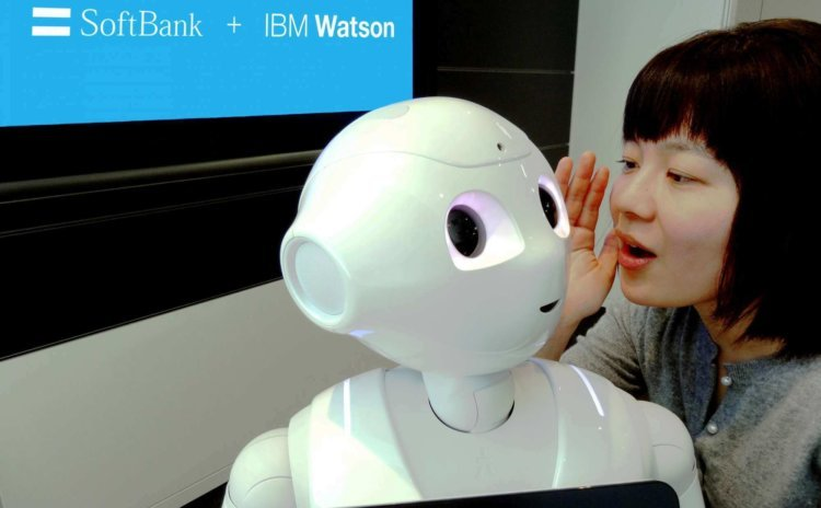 ibm-researcher-talks-to-pepper-robot