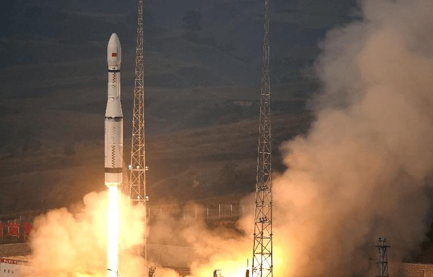 Китай запустил в космос свою первую экологически безопасную ракету