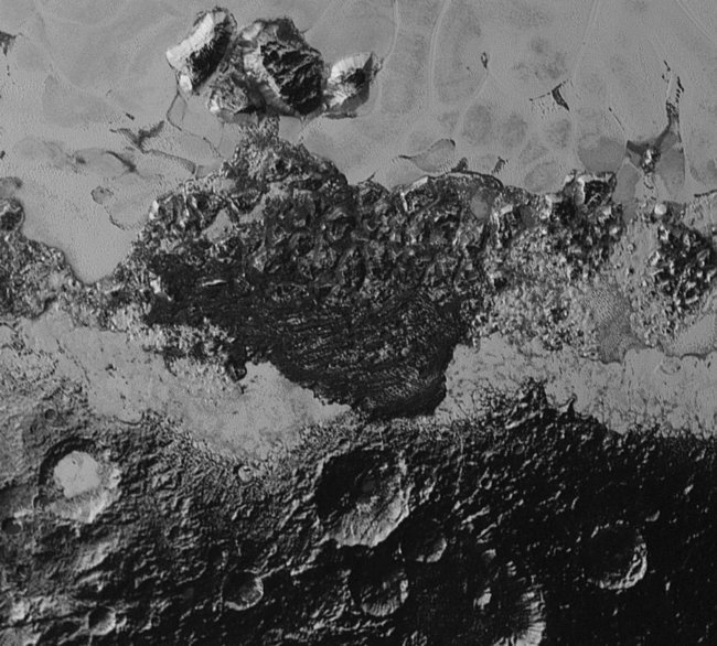 pluto-nh-dark-areas-9-10-15