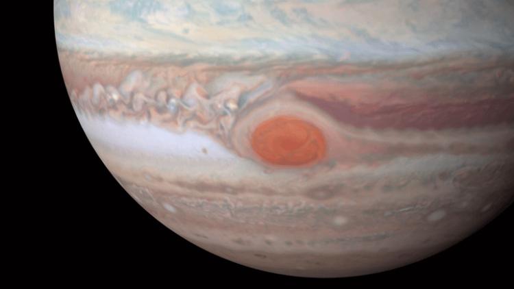 Новые снимки с Hubble демонстрируют Юпитер во всей его красе