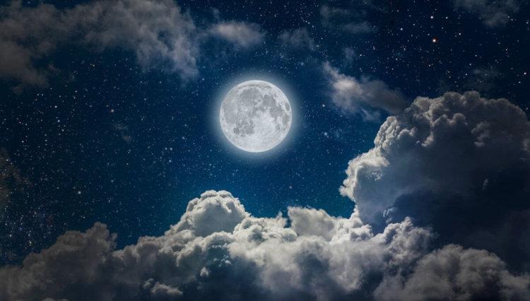Япония планирует осуществить собственную лунную миссию в 2019 году