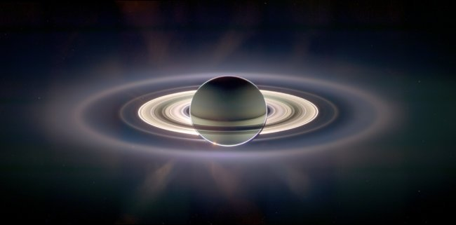 Saturn_eclipse_exaggerated
