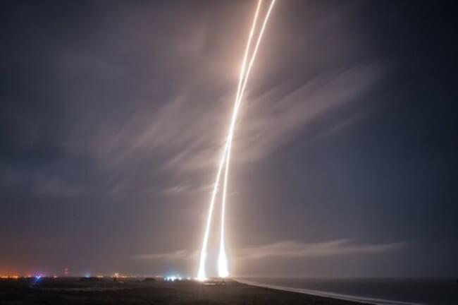 Начало прекрасной эпохи: SpaceX посадила свою ракету Falcon 9