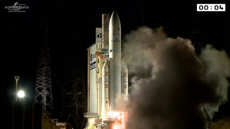 esa-ariane-five-2