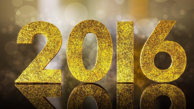 Поздравляем наших читателей с наступившим 2016 годом