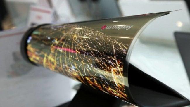 LG покажет 18-дюймовый сворачиваемый OLED-дисплей