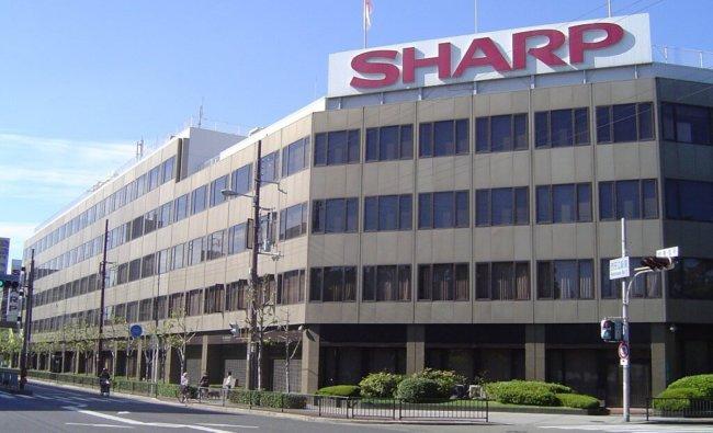 Foxconn бросает Sharp спасательный круг ценой в 5 миллиардов долларов