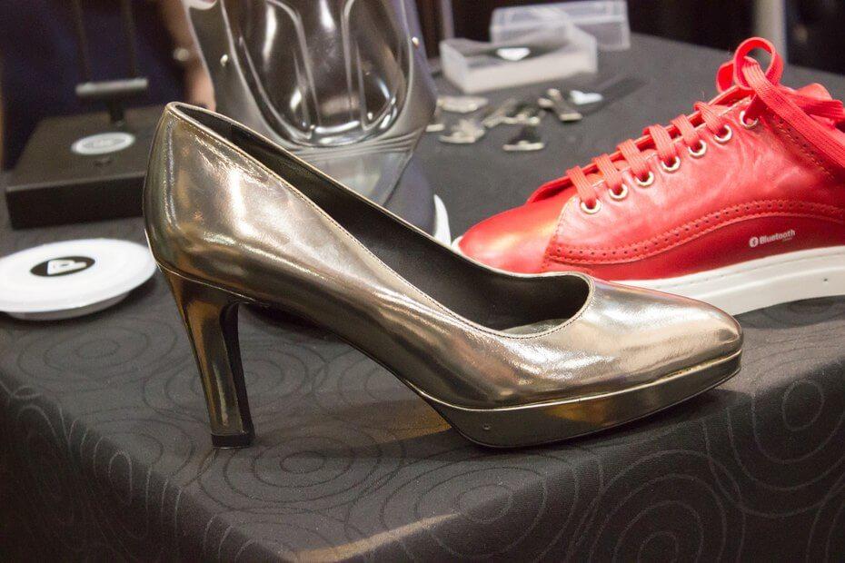 Компания Digitsole представила линейку умной обуви