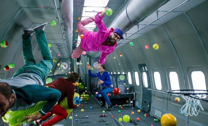 Авиакомпания S7 и группа OK Go сняли музыкальный клип в невесомости