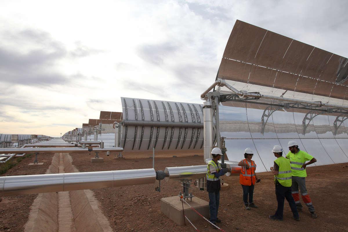 Гигантсткая электростанция в Марокко - запущен первый блок