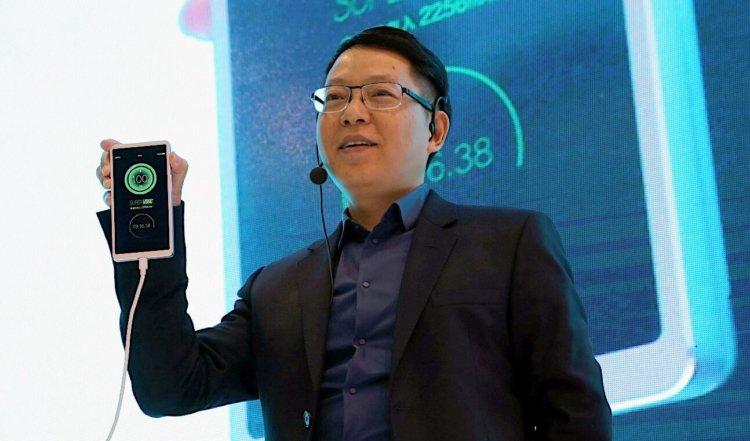 Компания OPPO разработала технологию скоростной зарядки смартфонов